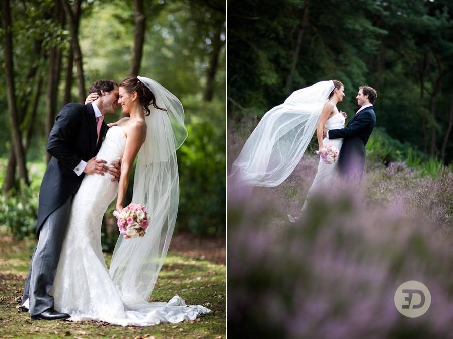 trouwfotografie op de hei bij Blaricum, in het Gooi door trouwfotograaf Evert Doorn